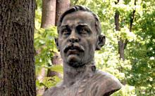 Селиванов В. / Селиванов Н. / надгробие Ширяевцу / 2012